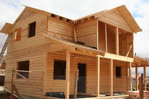 Montaje de una casa de madera de Casas Carbonell