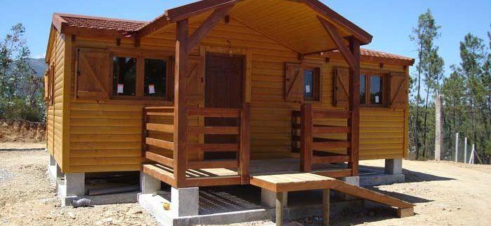 Montaje de una casa de madera modular de Casas Carbonell