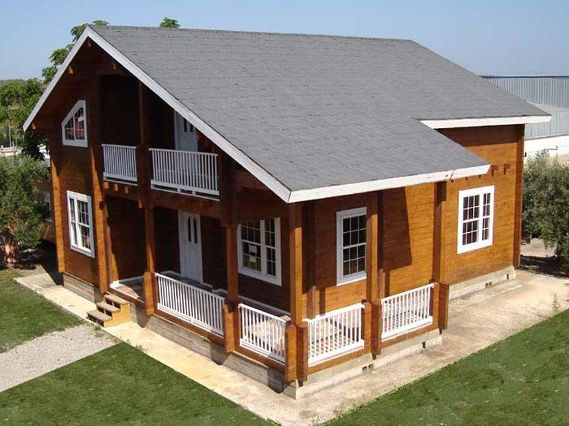 Un chalet de madera vivienda de madera maciza laminada - Casaa de madera ...