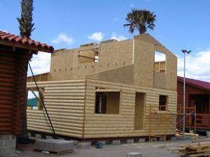 Casas prefabricadas de entramado ligero de madera en construccion
