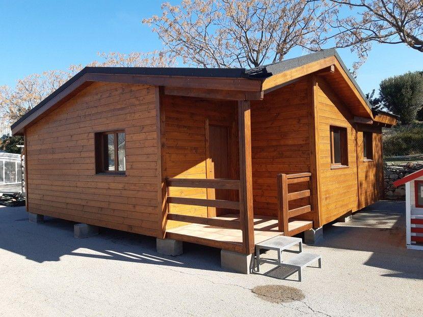 Casa de madera usada y renovada.  VENDIDA